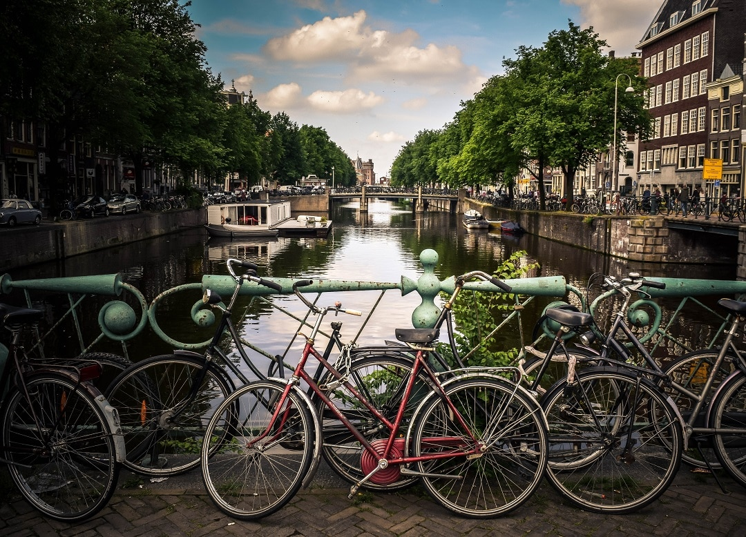 Budget Travel to Amsterdam, The Netherlands