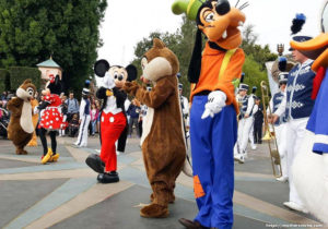 How to Get Cheap Disneyland Deals
